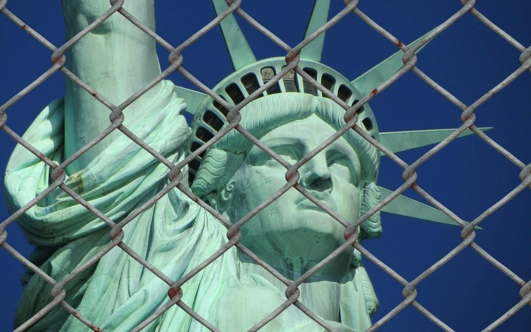 USCIS thông báo quy tắc mới ngăn chặn người nhập cư lợi dụng Quỹ phúc lợi xã hội